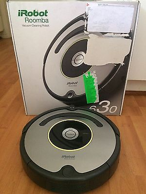 iRobot - Roomba 630 Vacuum In Great Condition With Box