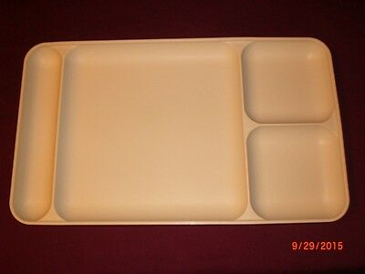 Tupperware Divided Lunch Tray 1535-6 School Picnic School Serving Plate