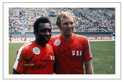 4x6 SIGNED AUTOGRAPH PHOTO PRINT OF BOBBY MOORE & PELE #34