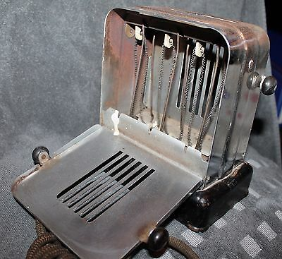 Vintage Electric Toaster 1930's