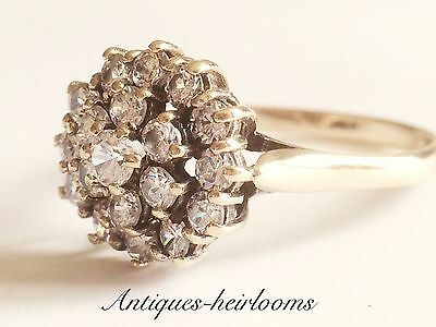 Beautiful Vintage 9ct Yellow Gold Diamond Style Cluster ring Hallmarked 375