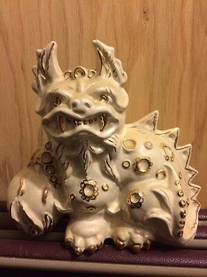 Vintage WHITE GOLD PORCELAIN CHINESE DRAGON STATUE