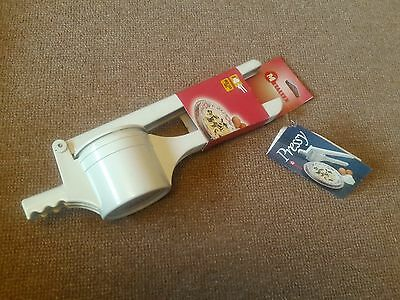 Metaltex Pressy Potato Ricer/Press with 3 Stainless Steel Discs  (Cream)