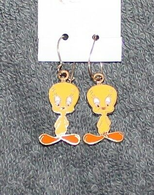 Nice New Tweety Bird Earrings by Warner Brothers