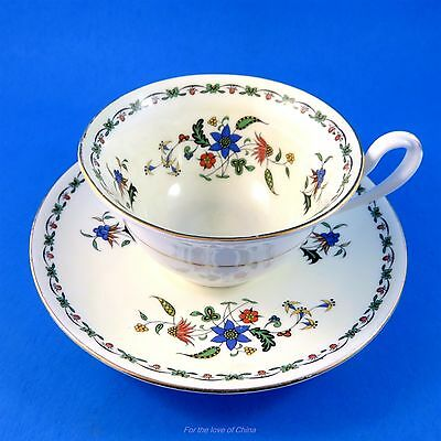 Delicate Floral Garland Shelley Tea Cup and Saucer Set