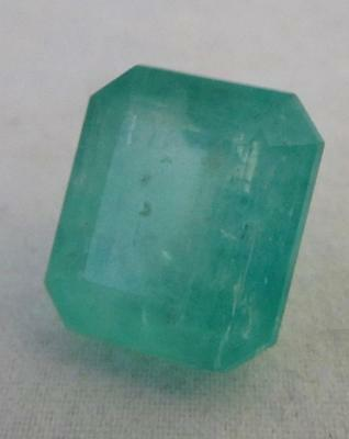 15.3 Cts LARGE SIZE GREEN LEMON!!!! COLOMBIAN NATURAL EMERALD!!14x12x8mm