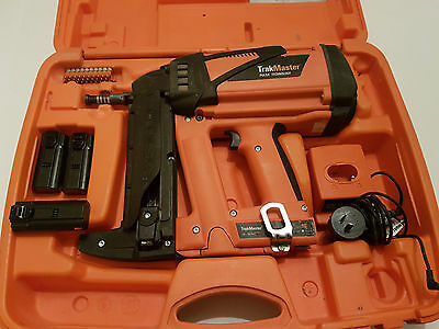 Ramset Trackmaster Gas Nail Gun, 3x Batteries, Charger and Case