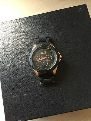 Dolce Gabbana Men Black Straps Rose Gold Colour Plated Watch