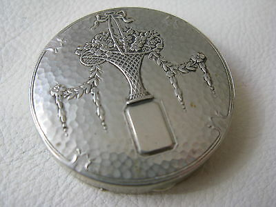 Antique Silver T Bridal Floral Flower Basket Rotating Powder Sifter Compact