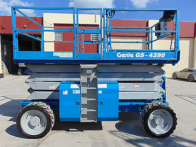 "2007 Gs-4390 All Terrain ""deutz Diesel"" 4X4 Scissor Lift 49 Ft Working Height"