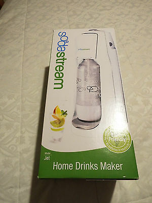 BNIB Sodastream Jet White Home Carbonating Drinksmaker With 60L Gas Cyliner