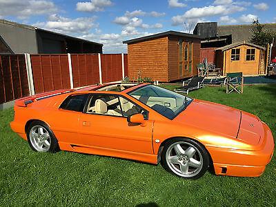 lotus esprit se 2.2 turbo 350 bhp monster! superb classic car, great daily drive