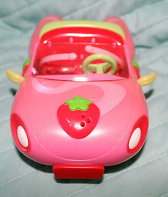 Strawberry Shortcake's Bitty Berry Pink Car Horn Blows Seatbelts Mirrors 2008 VG