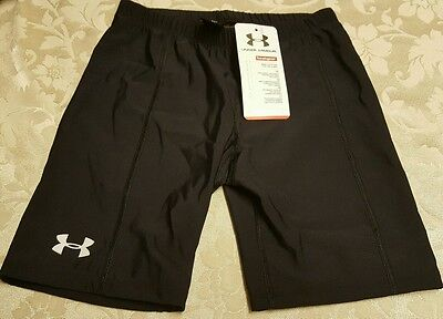 NWT Under Armour Girls Fitted Black Heatgear Shorts sz Large YLG