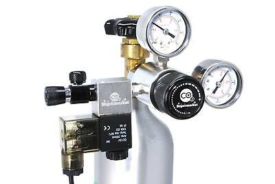 CO2 Regulator with Solenoid, Dual Gauges & Adjustable Output Pressure