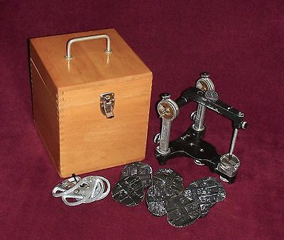 Hanau Dental Articulator With Case And 14  Mounting Plates - Teledyne Water Pik
