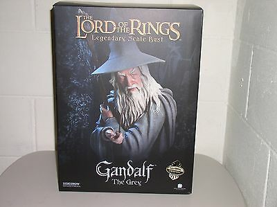 Sideshow Collectibles: LOTR Legendary Scale Bust Exclusive, GANDALF THE GREY #11