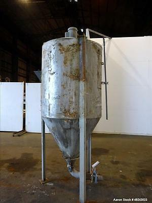 Used- Tank, Approximately 350 Gallon, 304 Stainless Steel, Vertical. Approximate