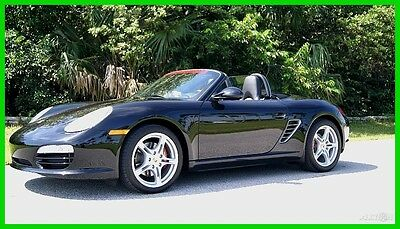 2011 Porsche Boxster  2011 BOXSTER TRIPLE BLK 6 SPEED ONE OWNER