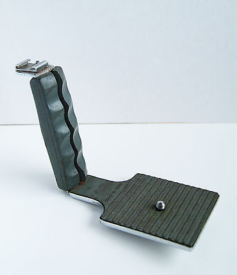 Velbon L Shaped flash Bracket In Used condition.