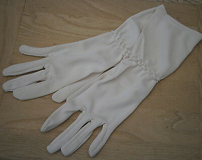 VINTAGE PROVA 1960s CREAM 3/4 LENGTH GLOVES RUCHED WRIST DETAIL WEDDING PARTY