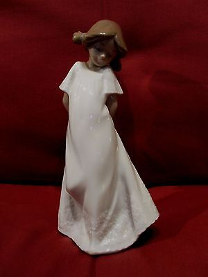 Beautiful Lladro Nao Figurine Pretty Young Girl Long White Dress And Pigtails