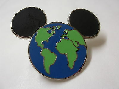 Disney's Mickey Mouse Head Land & Sea Pin Badge First Release
