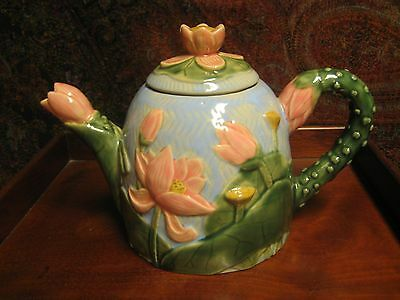 Vintage Tea Pot Floral Design Pink Flowers Great Condition Cheerful