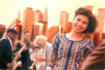Postcard: Singapore Airlines Singapore Girl [Airline Issued]
