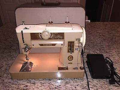 Vintage SINGER 401A - HEAVY DUTY Sewing Machine w/ Hard Case, Pedal and Cord!