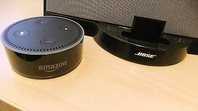 Black Bluetooth Adapter Links ANY Amazon Dot to ANY 30 Pin Apple Bose SoundDock