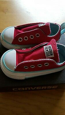 Converse infant size 4 brand new