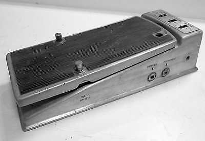 1970s Fender fuzz-wah, working condition, has an unusual mod, please read