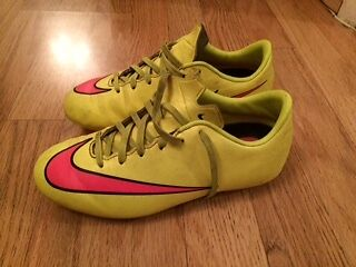 Nike Yellow Mercurial Football Boots Size 2.5