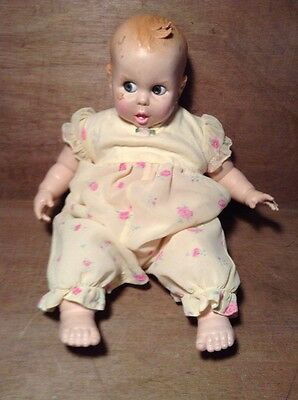 """Vintage 1970 Gerber 17"""" Baby Doll w Flirty Google Eyes (move side to side)"""