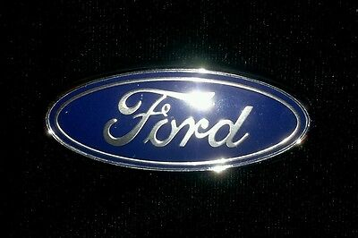 Brand New Genuine Ford Oval Emblem Grill Badge 7305842