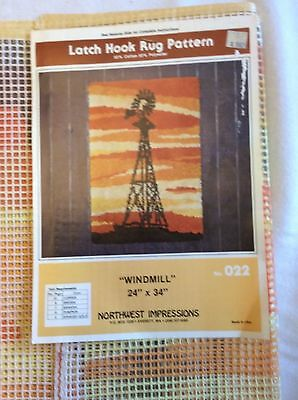 """70s Windmill Latch Hook Rug Pattern Woven Canvas Only 24 """" x 34"""" No Yarn"""