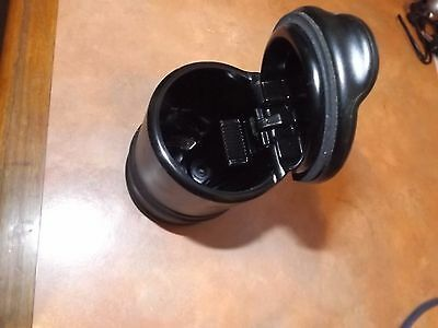 Plastic Toyota Cigarette Ashtray Cup Holder with Lid Office/Home/Car Black CT