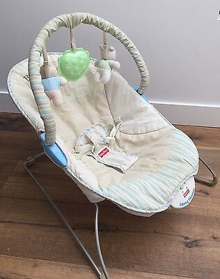 FISHER PRICE Calming Vibrations Baby Bouncer Teddy Design Beige Blue Green