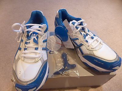 BNIB Asics GEL STRIKE RATE 2 Mens Cricket Shoes Size 7.5 RRP £100