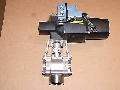 "Swagelok Whitey 135Sr Actuator  W/ Ss 67Xtf24 55Sd 1-1/2"" Npt 3 Way Ball Valve"