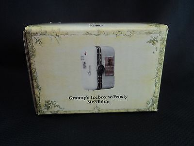BOYDS UNCLE BEAN'S TREASURE BOX GRANNY'S ICEBOX W/FROSTY McNIBBLE- NEW IN BOX- B
