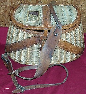 Antique Fishing Creel Basket River Trout Fish Wicker Old Vintage Fisherman's