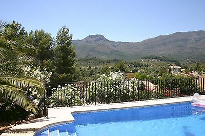 Villa Rental Jalon Valley Alcalali - Costa Blanca Spain With Private Pool