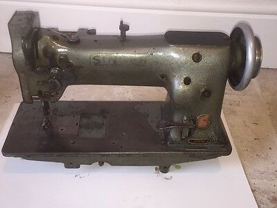 Singer 111g Industrial Sewing Machine - Base & Motor see description