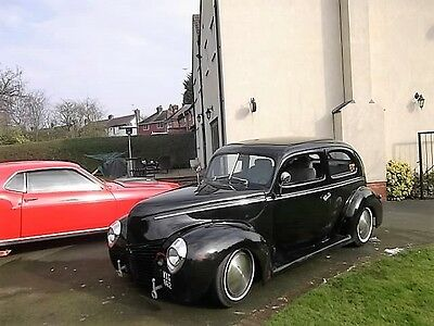 Hotrod 1940 Ford Tudor Sedan 305 V8 2 Door Hot Rod