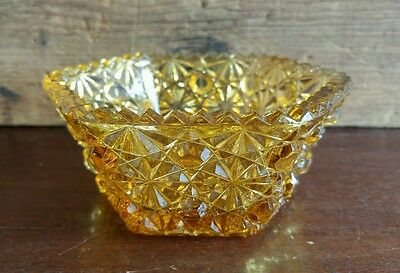 "L G Wright Glass Daisy & Button Amber 5"" Six Sided Hexagonal Candy Dish / Box 59"