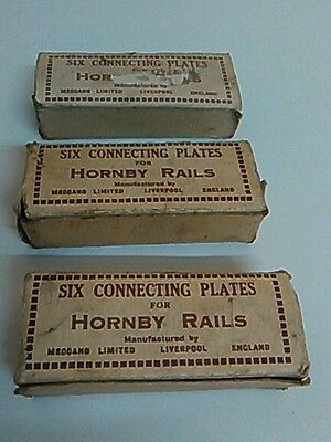 Hornby/Meccano O gauge track clips and  worn boxes 3x6 clips