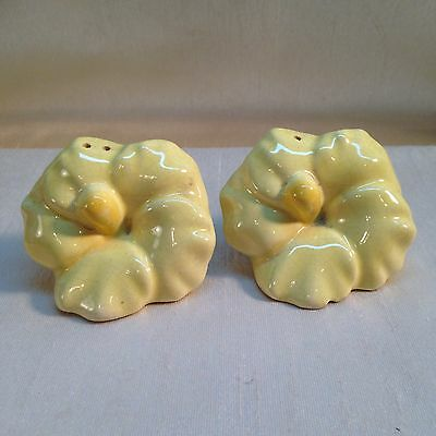 04B-D1 SALT & PEPPER SHAKERS Vintage Ceramic Yellow Flower Kitchen