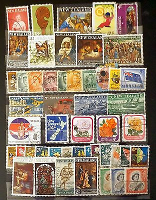 NEW ZEALAND Lot of 49 stamps mixture    USED   Lot #2